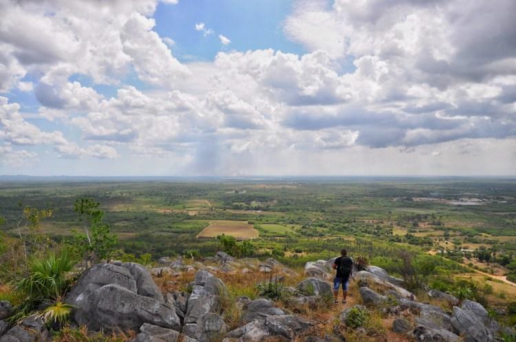 Photo of a local overlooking Isla Juventud from la Loma in Nueva Gerona by Stevie Vagabond