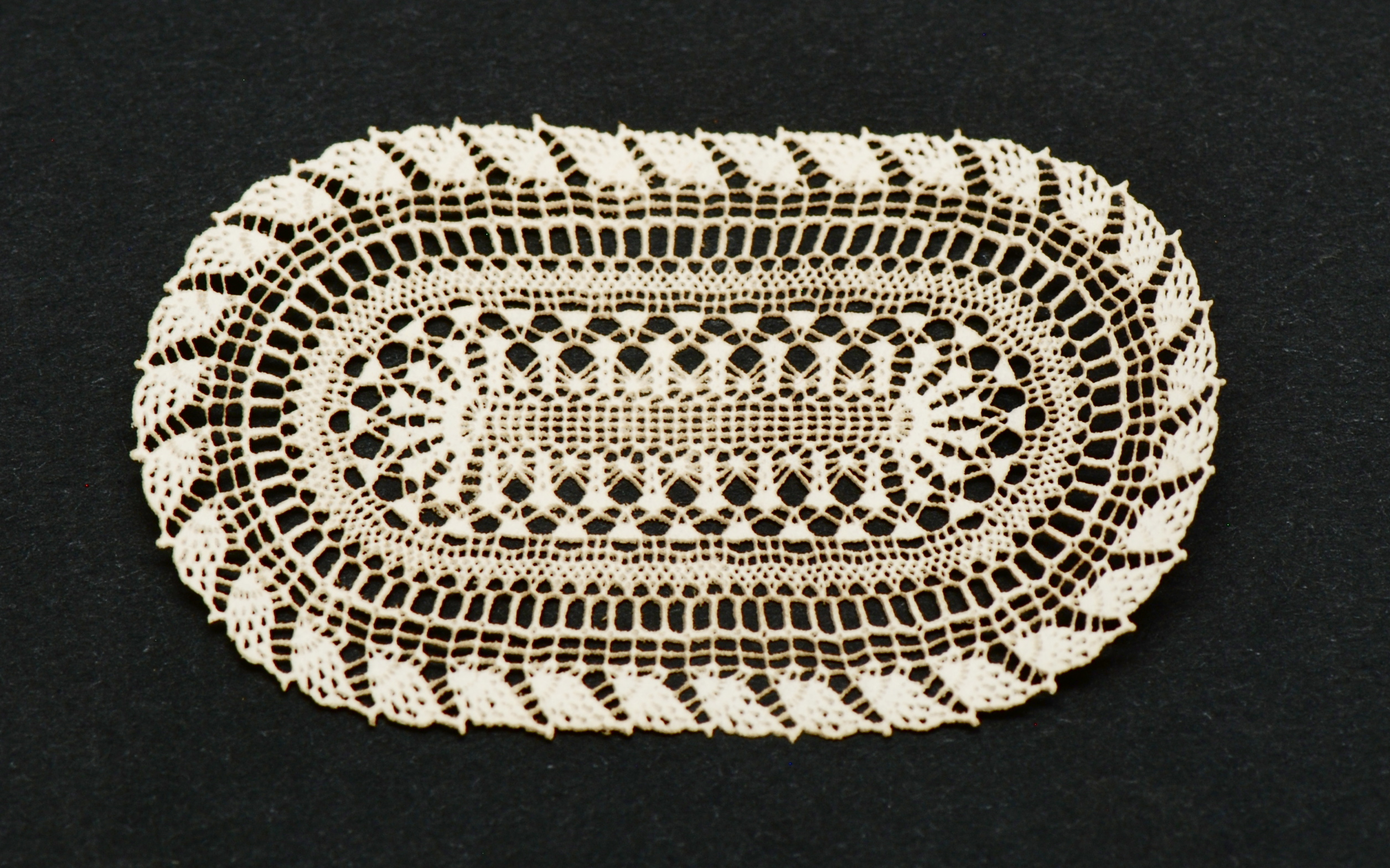 Antique Laser Oval Doily 63 Stewart Dollhouse Creations