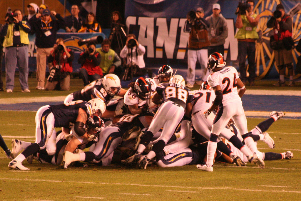 Los Angeles Chargers vs Denver Broncos