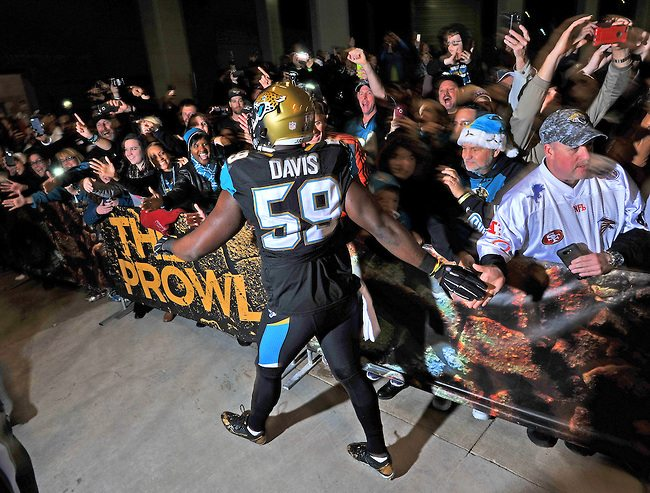 Jaguars Prowl players walk through the Sea Best Cool Zone