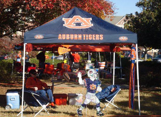 Auburn Tigers fans tailgating