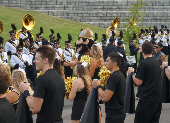 Idaho Vandals band and cheerleaders