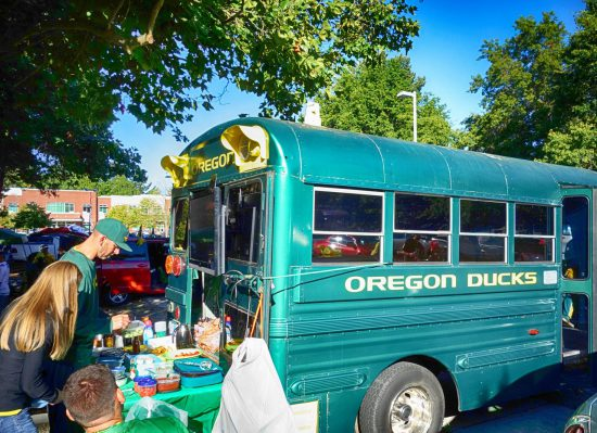 Oregon Ducks tailgate bus