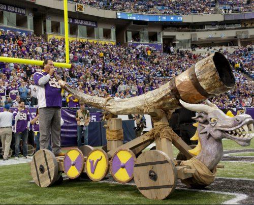 NFL Minnesota Vikings horn tradition