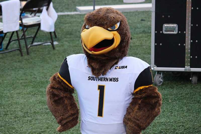 Seymour d Campus Southern Miss Golden Eagles mascot