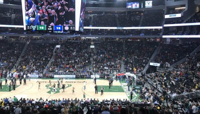 Milwaukee_Bucks basketball game
