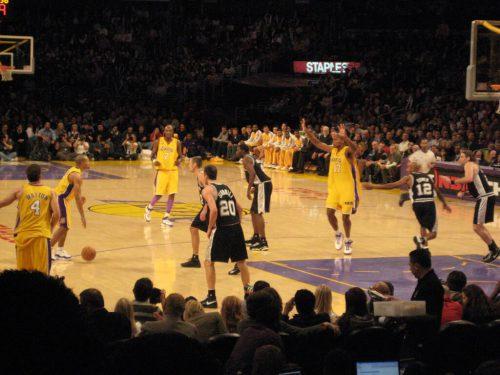 San Antonio Spurs vs LA Lakers game
