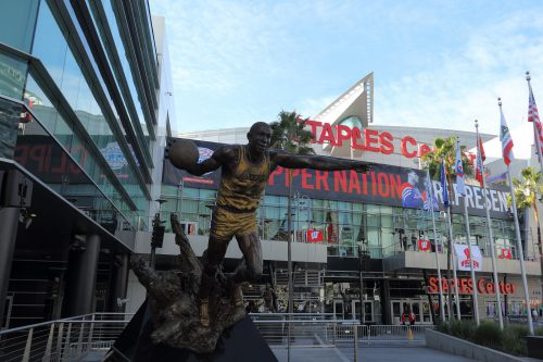 Staples Center Magic Johnson statue