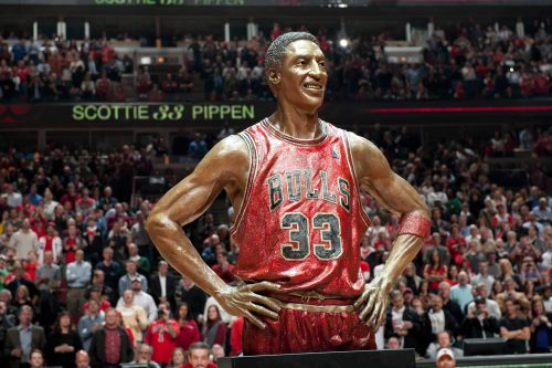 Chicago Bulls Scottie Pippen Statue