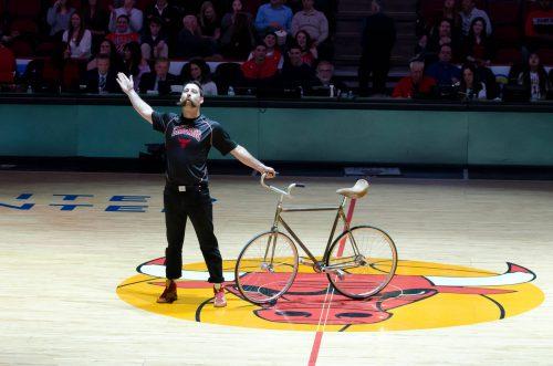 Chicago Bulls halftime entertainment Matt Roben The Bicycle Acrobat