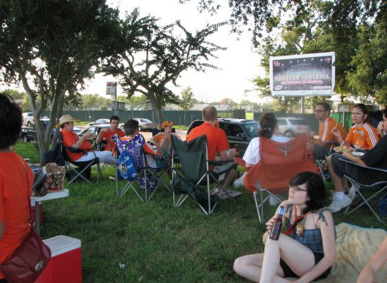 Houston Dynamo fans tailgating