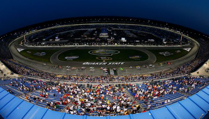 Kentucky Speedway fans