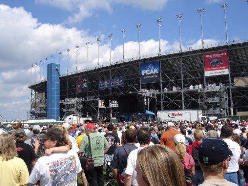 Chicagoland Pre-Race concert