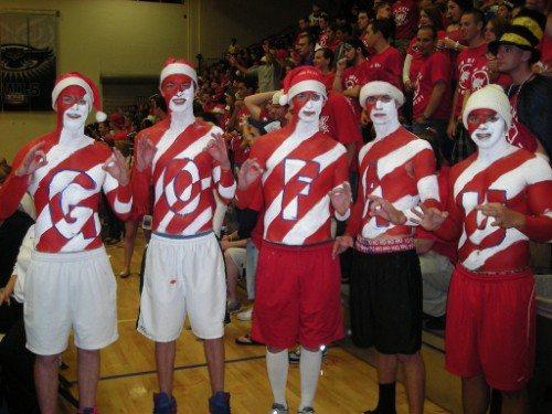 FAU Owls basketball fans