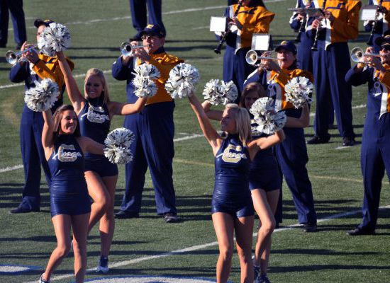 Chattanooga Mocs Football cheerleaders