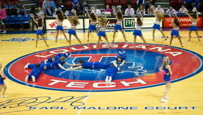 Louisiana Tech Bulldogs basketball arena Thomas Assembly Center cheerleaders