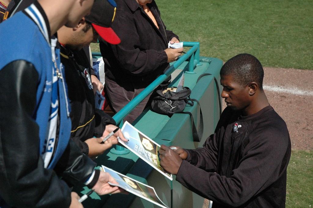 Pittsburgh Pirates autographs