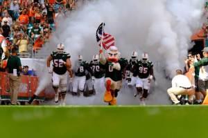 Miami Hurricanes Football players entrance
