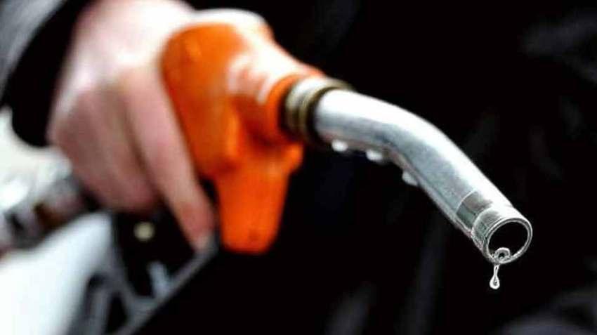आज 10 पैसे/लीटर बढ़े पेट्रोल के दाम, डीजल की कीमतें स्थिर