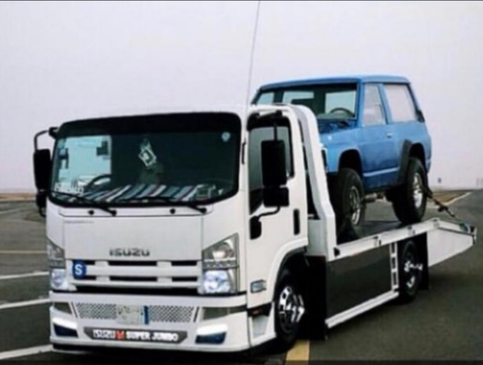 نقل خارج الرياض من الرياض الى جميع مدن المملكه سطحات عادي وهدروليك لنقل السيارات بأسعار مخفضه
