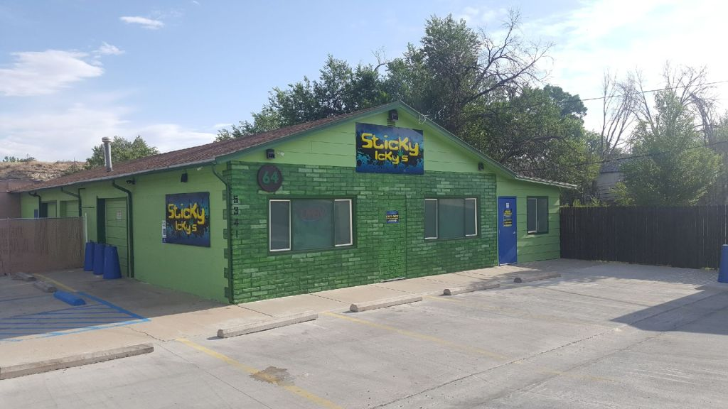 sticky icky's pueblo recreational dispensary