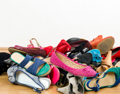 How to declutter to save money moving