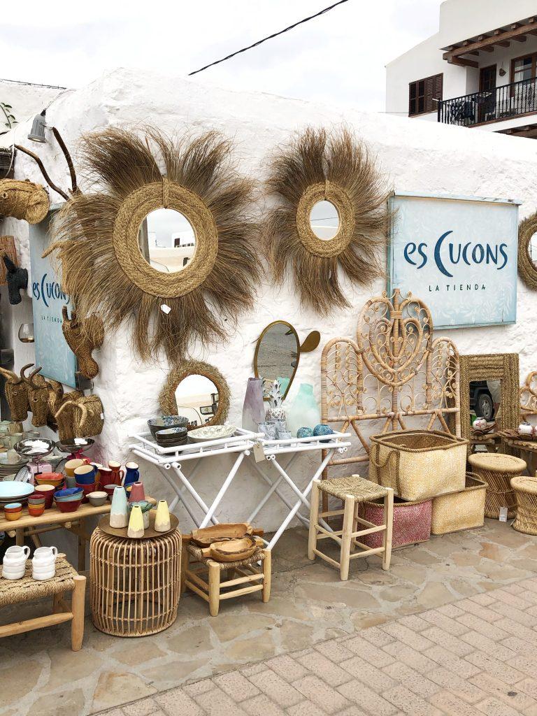 Es Cucons winkel in Santa Gertruda
