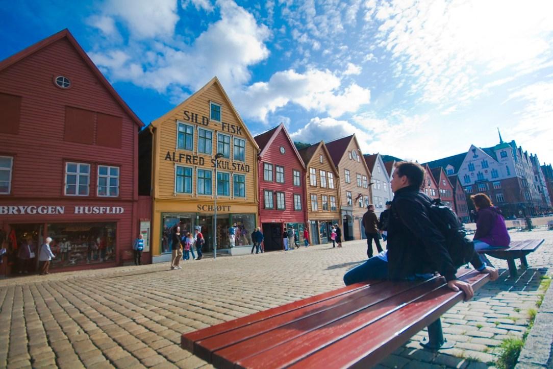 Bryggen i Bergen flotte bygg Hansatiden