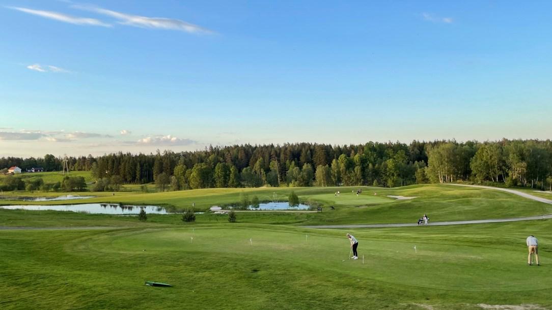 Golfbane i Sandefjord Vestfold folk spiller