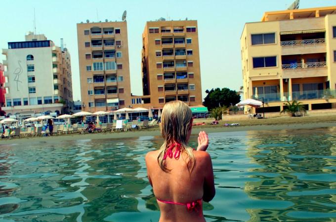 SLIKE – JEDAN DAN NA MEKENZI PLAŽI / KIPAR – CYPRUS / A DAY AT MAKENZY BEACH