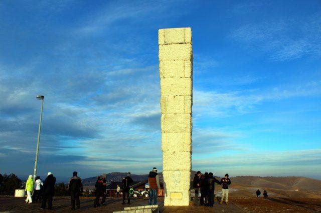 Šetajte od centra Zlatibora do spomenika koji se nalazi na brdu Glavudža