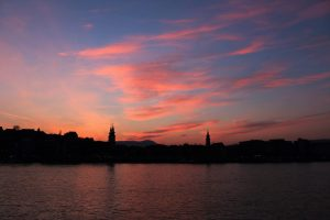 sunset over danube budapest budimpešta zalazak sunca