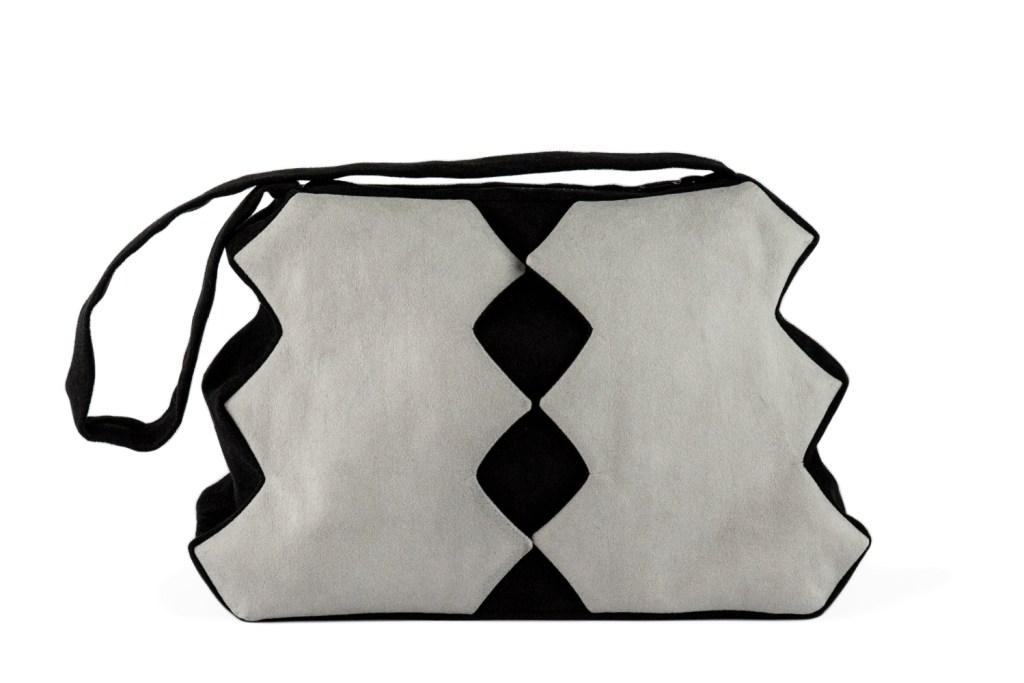 Stil-Stengel Textilkunst Tasche STEPS schwarz weiss