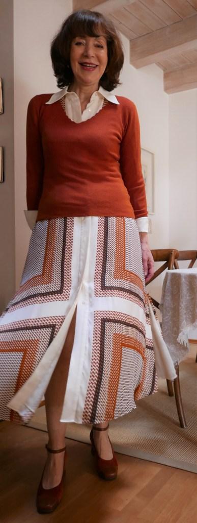 kleid in herbstfarben mit pulli