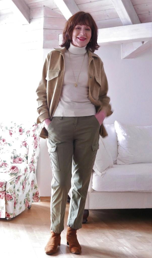 klassisches wollhemd mit workpants