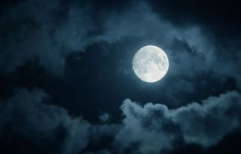 full+moon