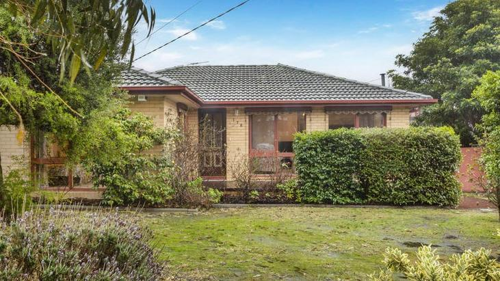 De huizen- en eenheidsprijzen in Melbourne zullen naar verwachting eind 2021 met 17,6 procent groeien, volgens NAB