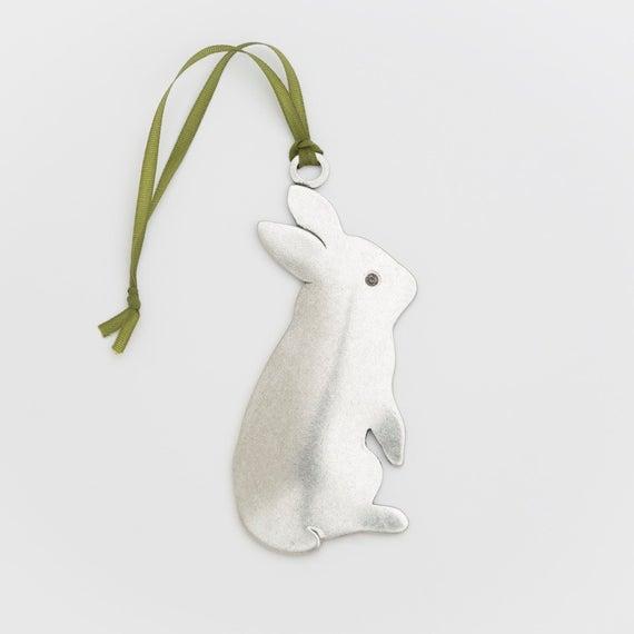 gepersonaliseerde bijenkorf konijn kerstornament door BeehiveHandmadeLLC
