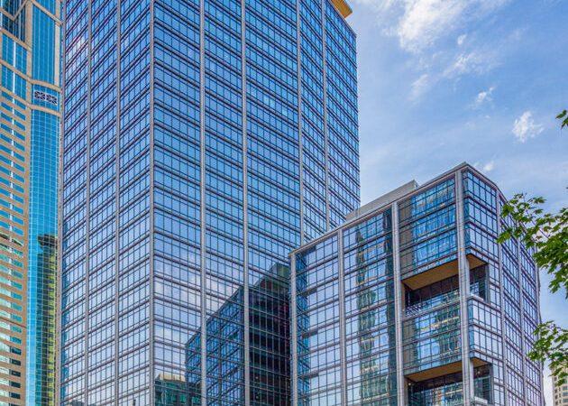 Bungie-inkthuur voor twee verdiepingen in de toren van het centrum van Seattle met ruimte voor 300 werknemers