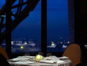 eiffel tower restaurants