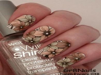 acrylic-flower-nail-art