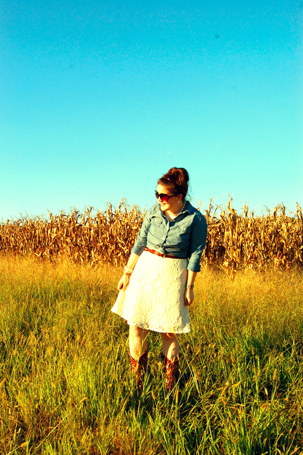 still being molly: lace dress, polka dot chambray, & shyanne cowboy boots (3)