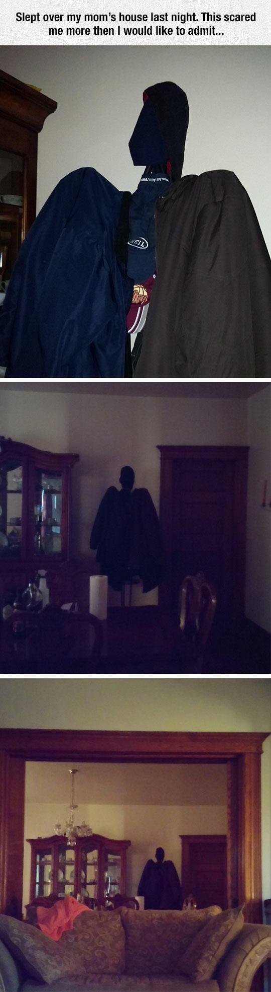 funny-scary-coat-hanger-shadow-1