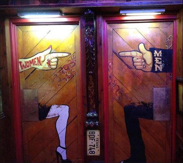 funny-bathroom-signs-10