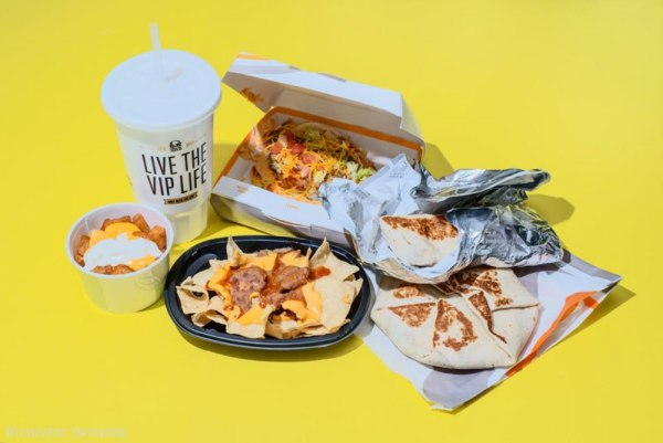 Taco Bell – 2,080 Calories