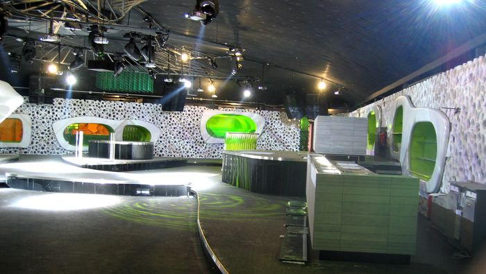 cocoon club cocoon club closing frankfurt germany. Black Bedroom Furniture Sets. Home Design Ideas