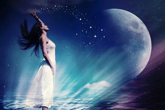 woman-receiving energy to the moon