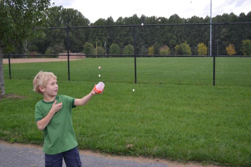 Crafts for boys: marhmallow shooter