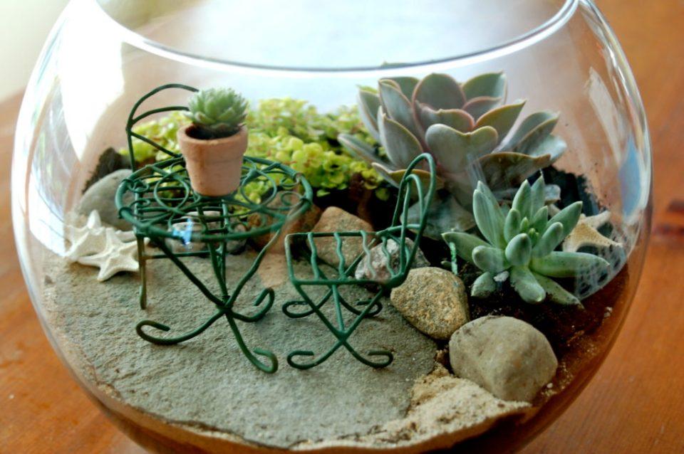 Spring Crafts Mini Garden