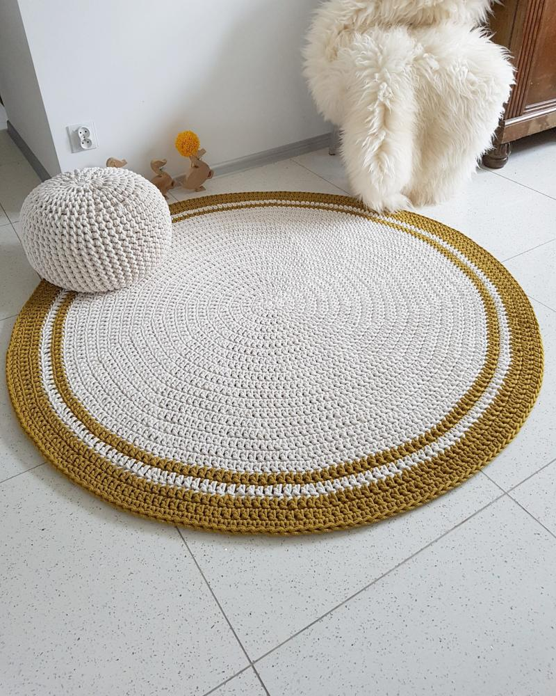 Ecru Color Crochet